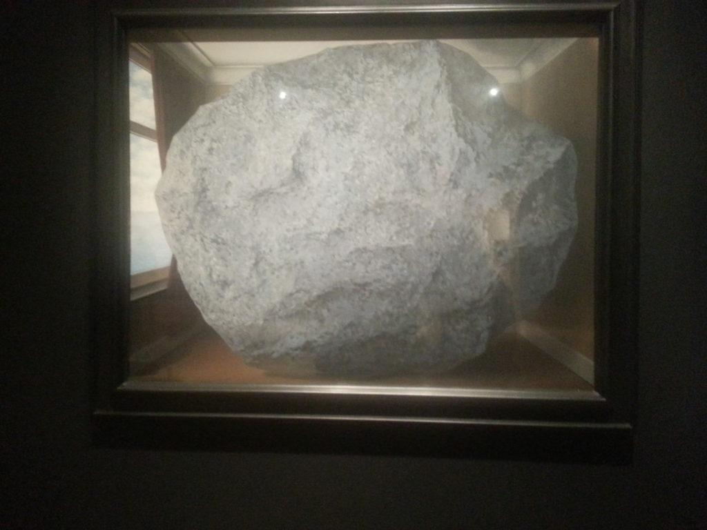 L'attribut alt de cette image est vide, son nom de fichier est Magritte-a-lAGO-1024x768.jpg.