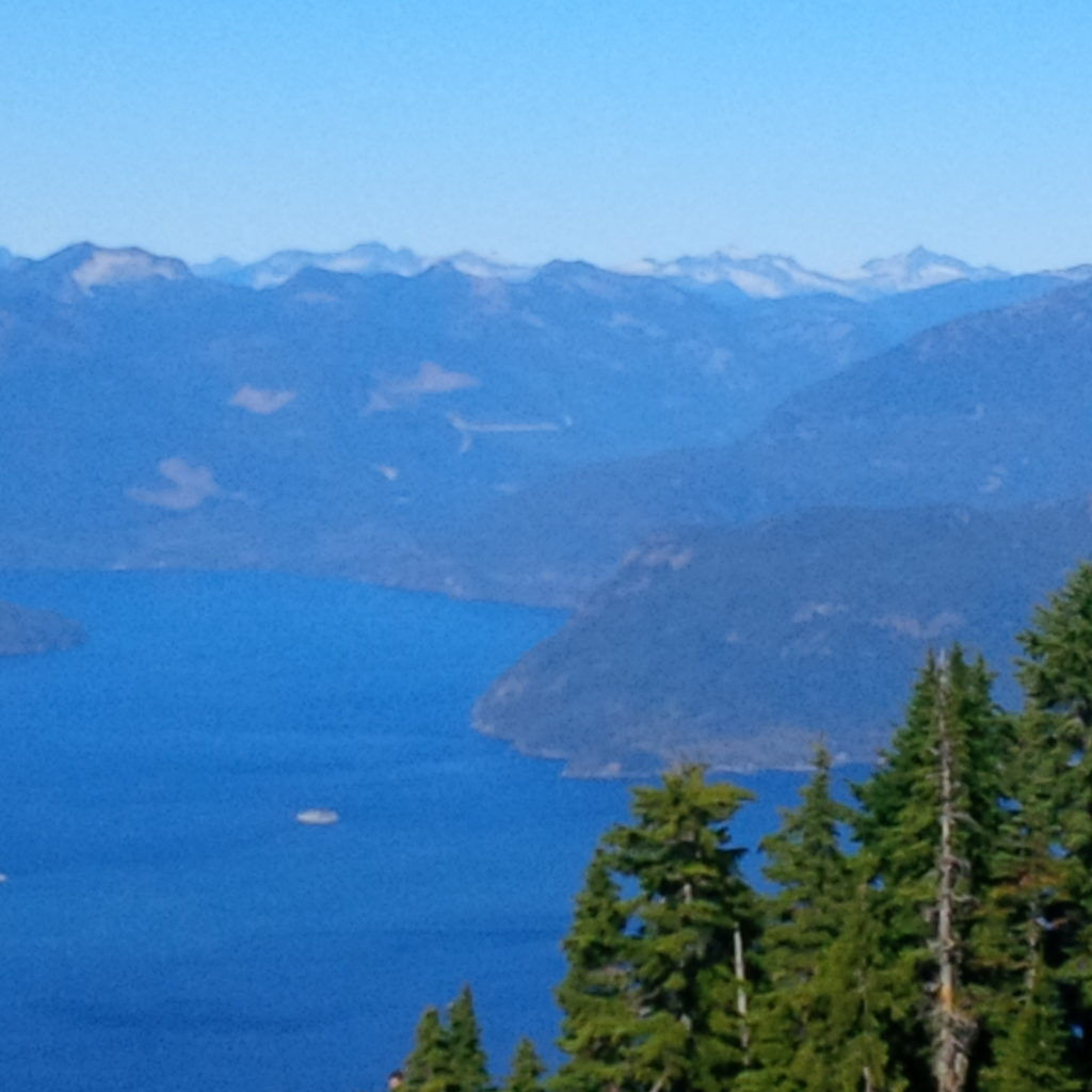 L'attribut alt de cette image est vide, son nom de fichier est la-baie-de-Vancouver-1024x1024.jpg.